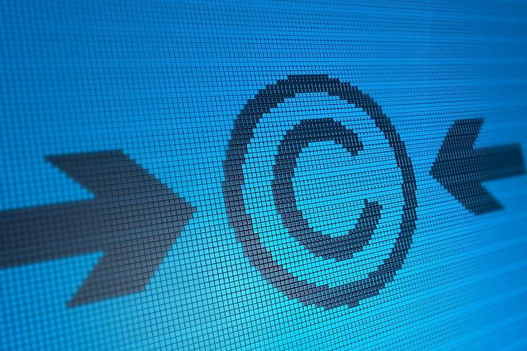 L'Administration Fiscale à l'assaut des droits d'auteurs mais… illégalement !